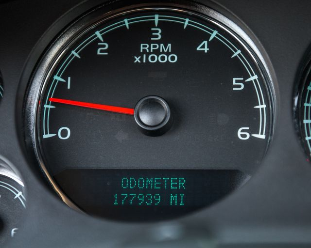 2007 Chevrolet Suburban LTZ Burbank, CA 31