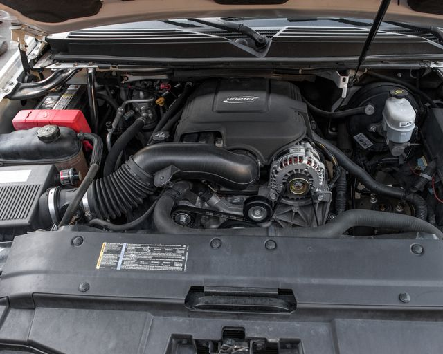 2007 Chevrolet Suburban LTZ Burbank, CA 32