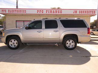 2007 Chevrolet Suburban LT in Devine, Texas 78016