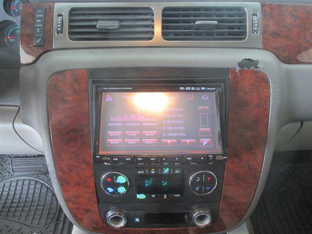 2007 Chevrolet Suburban LT Gardena, California 6