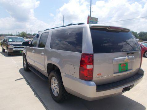 2007 Chevrolet Suburban LT   Gilmer, TX   Win Auto Center, LLC in Gilmer, TX