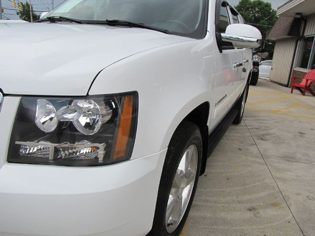 2007 Chevrolet Suburban LT in Medina, OHIO 44256