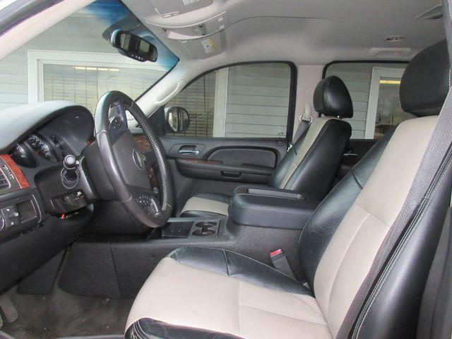 2007 Chevrolet Suburban LT south houston, TX 6