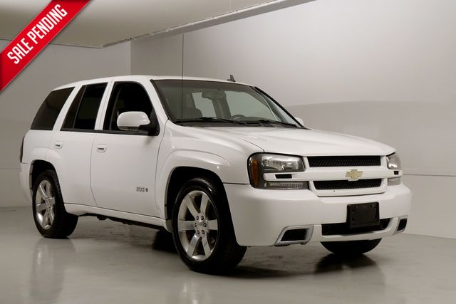 2007 Chevrolet TrailBlazer SS Clean Carfax All Wheel Drive Manvan LS2 395 HP