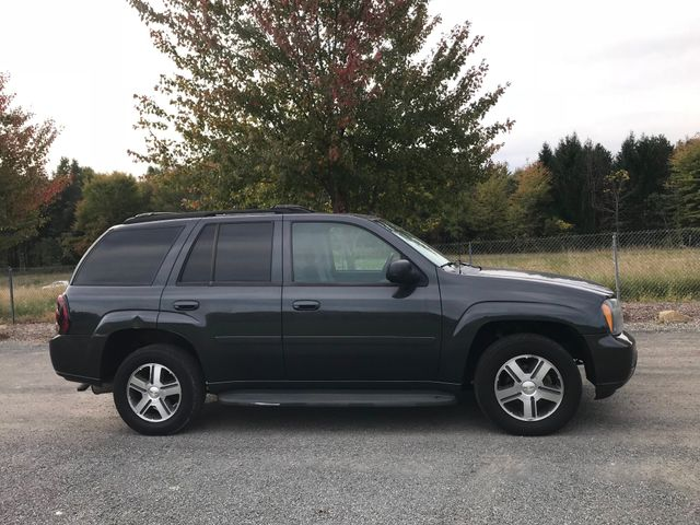 2007 Chevrolet TrailBlazer LT Ravenna, Ohio 4