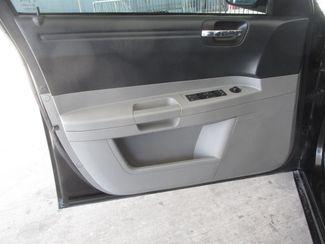 2007 Chrysler 300 Gardena, California 9
