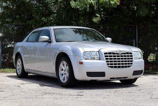 2007 Chrysler 300 Hollywood, Florida 1