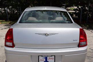 2007 Chrysler 300 Hollywood, Florida 41