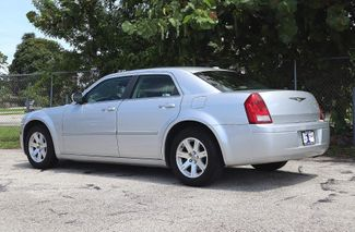 2007 Chrysler 300 Hollywood, Florida 7