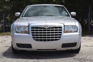 2007 Chrysler 300 Hollywood, Florida 12