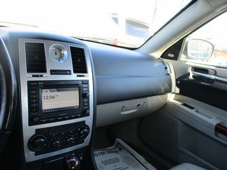 2007 Chrysler 300 C Jamaica, New York 23