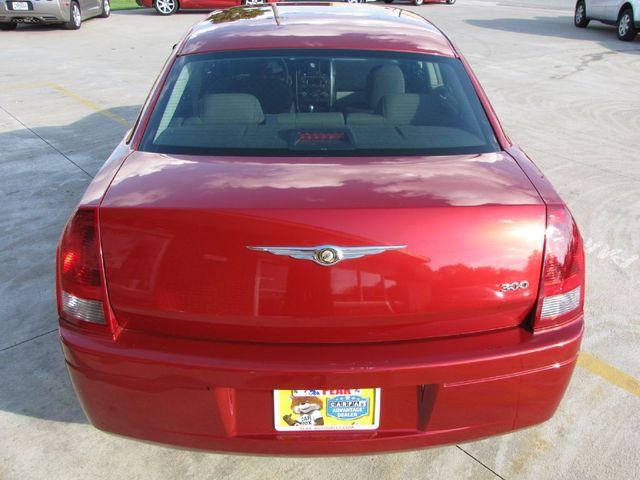2007 Chrysler 300 in Medina OHIO, 44256