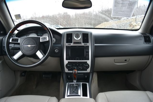 2007 Chrysler 300 C Naugatuck, Connecticut 13