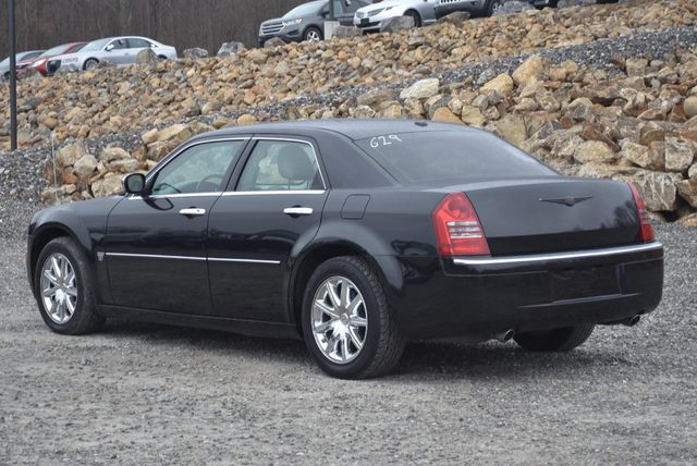 2007 Chrysler 300 C Naugatuck, Connecticut 2