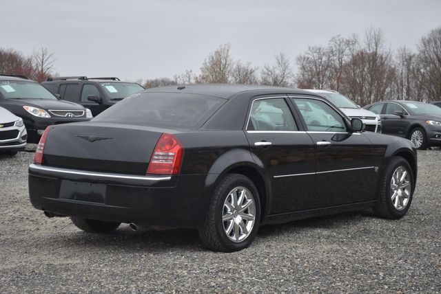 2007 Chrysler 300 C Naugatuck, Connecticut 4