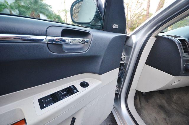 2007 Chrysler 300 C HEMI 5.7L Reseda, CA 34
