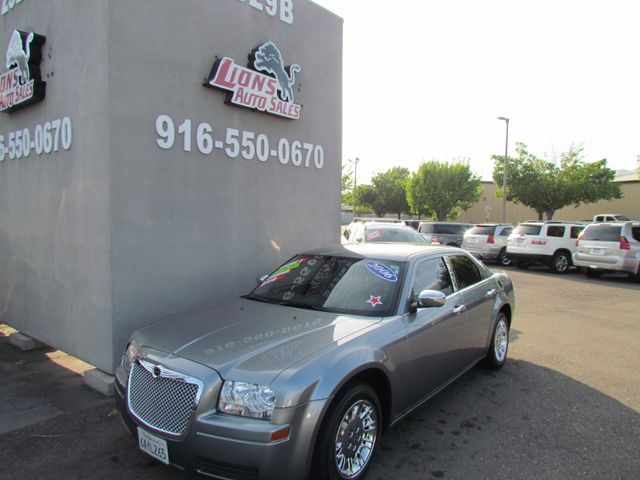 2007 Chrysler 300 Extra Low Miles 62K in Sacramento, CA 95825