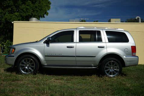 2007 Chrysler Aspen Limited in Lighthouse Point, FL