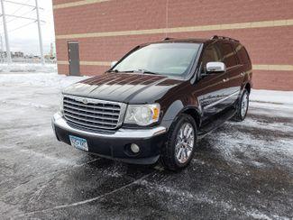 2007 Chrysler Aspen Limited Maple Grove, Minnesota 1