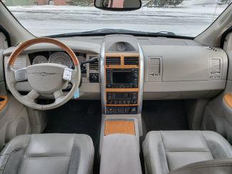 2007 Chrysler Aspen Limited Maple Grove, Minnesota 34