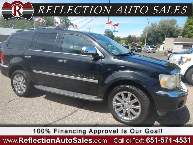 2007 Chrysler Aspen Limited in Oakdale, Minnesota 55128