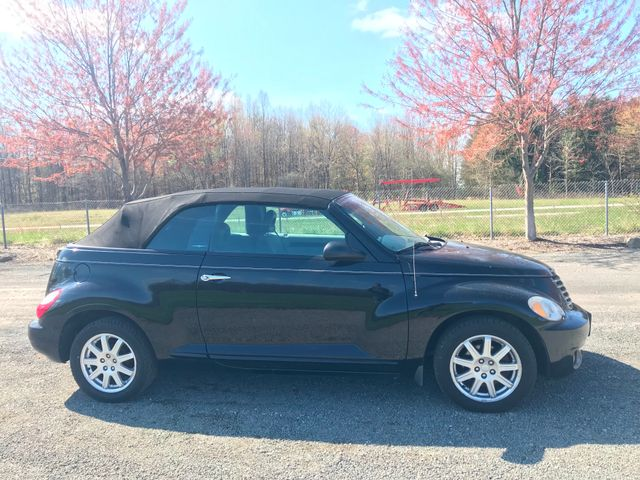 2007 Chrysler PT Cruiser Convertible Ravenna, Ohio 4