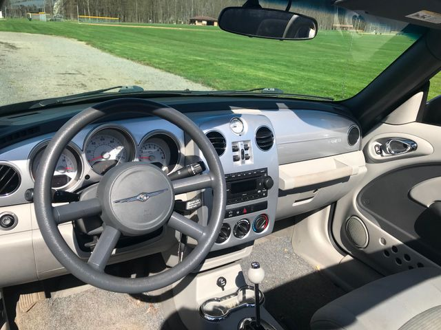 2007 Chrysler PT Cruiser Convertible Ravenna, Ohio 9