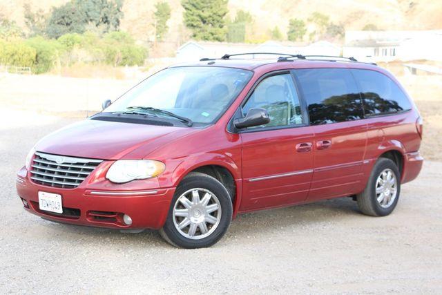 2007 Chrysler Town & Country Limited Santa Clarita, CA 1