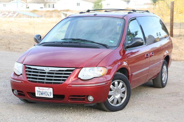 2007 Chrysler Town & Country Limited Santa Clarita, CA 4