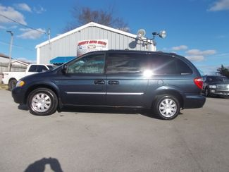 2007 Chrysler Town & Country Touring Shelbyville, TN 1