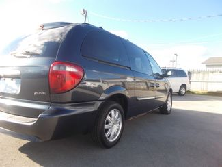 2007 Chrysler Town & Country Touring Shelbyville, TN 11