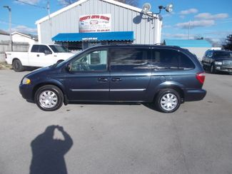 2007 Chrysler Town & Country Touring Shelbyville, TN 2