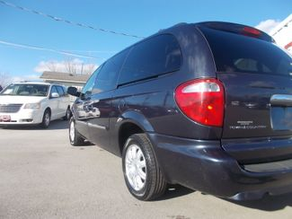 2007 Chrysler Town & Country Touring Shelbyville, TN 3