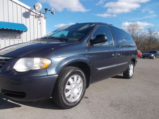 2007 Chrysler Town & Country Touring Shelbyville, TN 5