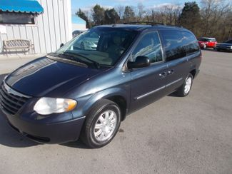 2007 Chrysler Town & Country Touring Shelbyville, TN 6