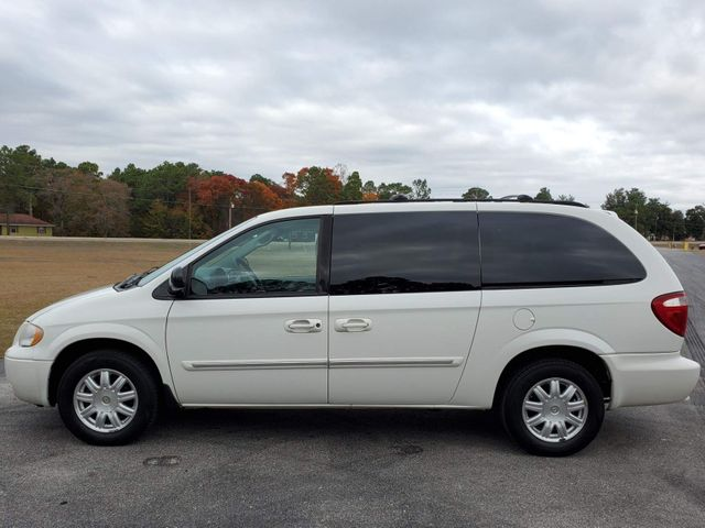 2007 Chrysler Town & Country Touring in Hope Mills, NC 28348