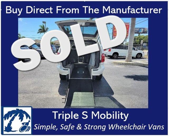 2007 Chrysler Town & Country Lx Wheelchair Van Handicap Ramp Van