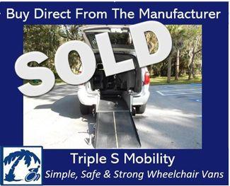 2007 Chrysler Town & Country Lx Wheelchair Van Handicap Ramp Van DEPOSIT Pinellas Park, Florida