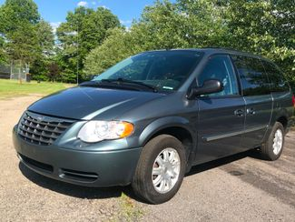 2007 Chrysler Town & Country Touring in , Ohio 44266