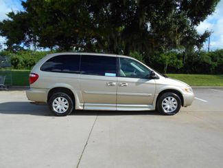 2007 Chrysler Town & Country Touring Wheelchair Van Pinellas Park, Florida 2