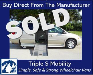 2007 Chrysler Town & Country Touring Wheelchair Van Handicap Ramp Van Pinellas Park, Florida