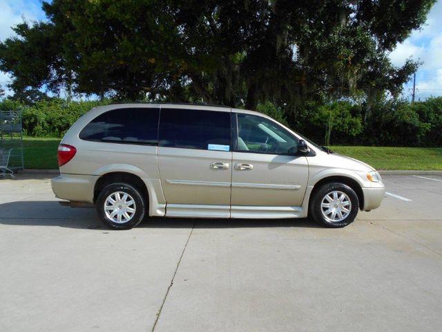 2007 Chrysler Town & Country Touring Wheelchair Van Pinellas Park, Florida 2