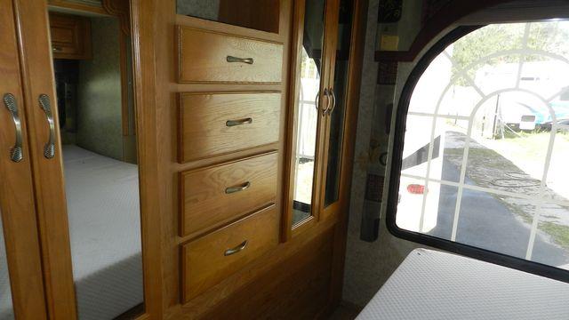 2007 Coachmen CONCORD 300TS Hudson , Florida 15