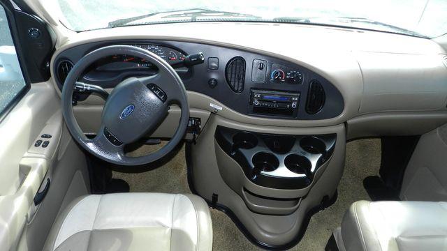 2007 Coachmen CONCORD 300TS Hudson , Florida 18
