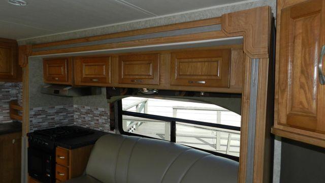 2007 Coachmen CONCORD 300TS Hudson , Florida 7