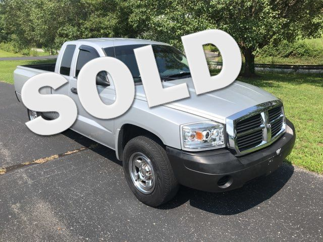 2007 Dodge-Crew Cab! Auto! Dakota-BUY HERE PAY HERE! ST-CARMARTSOUTH.COM Knoxville, Tennessee