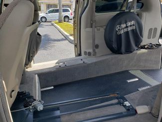 2007 Dodge Grand Caravan Sxt Wheelchair Van Handicap Ramp Van Pinellas Park, Florida 12
