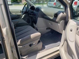 2007 Dodge Grand Caravan Sxt Wheelchair Van Handicap Ramp Van Pinellas Park, Florida 13