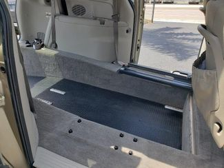 2007 Dodge Grand Caravan Sxt Wheelchair Van Handicap Ramp Van Pinellas Park, Florida 14