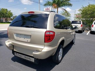 2007 Dodge Grand Caravan Sxt Wheelchair Van Handicap Ramp Van Pinellas Park, Florida 4